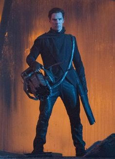 Benedict Cumberbatch on John Harrison – Star Trek Into Darkness Villain