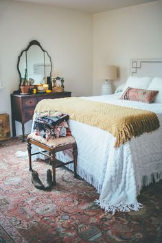 Creating a Cozy Fall Ambiance Throughout Your Home