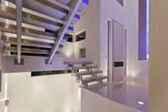 Casa estilo contemporâneo super clean e moderna.