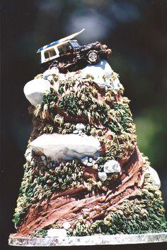 Jeep mountain groom's cake