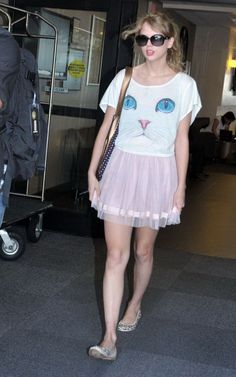 Aw! Taylor!! Love her quirky style <3
