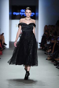 Μίντι φούστα μαύρη ψιλόμεση Formal, Collection, Style, Fashion, Preppy, Swag, Moda, Fashion Styles, Fashion Illustrations
