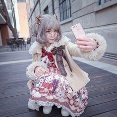"5,909 Me gusta, 16 comentarios - H 猫 (@hmao_owo) en Instagram: ""#lolitafashion #angelicpretty  dress:#longearsandsharpears wig:#dreamholic"""