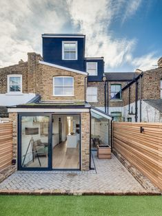 London Contemporary Fence Exterior Scandinavian with window dealers and installers terrace house Terrace House Exterior, Victorian Terrace House, House Extension Plans, House Extension Design, Glass Extension, Terraced House, Door Design, House Design, Exterior Design