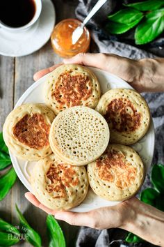 Learn how to make these easy English crumpets for afternoon tea or breakfast. Enjoy a relaxing cup of tea and these delicious homemade crumpets. English Crumpets, Tea And Crumpets, Tea Recipes, Brunch Recipes, Cooking Recipes, Recipies, Veggie Recipes, Homemade Crumpets, Traditional Bread Recipe