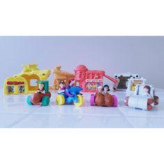 SALE The Flintstones McDonald's Happy Meal Toys Vintage Lot Roc Donalds Toysaurus Polly Pocket Miniatures Toys Gift 90s Toys, Retro Toys, Vintage Toys, 90s Childhood, Childhood Memories, Mcdonalds Toys, Polly Pocket, Asian History, British History