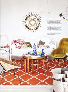 This living room is so vibrant and eclectic. Interior Design Inspiration, Home Decor Inspiration, Color Inspiration, Bohemian Living, Bohemian Decor, Modern Bohemian, Vintage Bohemian, Living Room Decor, Living Spaces