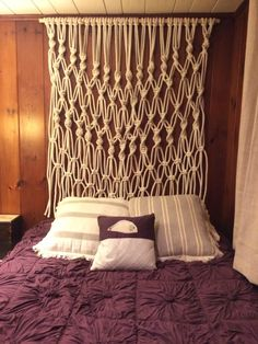 Large Macrame Wall Hanging or Headboard by bmaryleedesign on Etsy Macrame Wall Hanging Patterns, Large Macrame Wall Hanging, Macrame Patterns, Macrame Owl, Macrame Curtain, Style Deco, Macrame Projects, Macrame Tutorial, Interior Design
