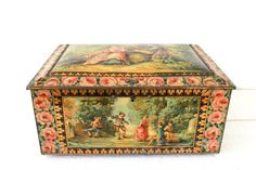 XL French Vintage 1930 tin box. Romantic decor by MonsieurLouis