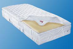 Erhöhter Schlafkomfort mit dem Matratzentopper »Polly Plus« (baugleich mit dem Modell »Climasan« des Herstellers f.a.n) genießen! Wahlweise in der Höhe ca. 6 cm oder der Variante mit zusätzlicher Schaumplatte, für dass XXL-Wohlfühlerlebnis mit einer Höhe von gesamt ca. 8,5 cm. Die genoppte Struktur der Schaumplatte kann eine bessere Druckentlastung für Ihren Körper bewirken und Ihnen damit den ...