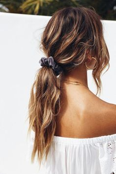 Braided Hairstyles For School, Easy Hairstyles For Long Hair, Long Curly Hair, Trendy Hairstyles, Hairstyle Ideas, Sweet Hairstyles, Wedding Hairstyles, Scrunchy Hairstyles, Grey Hairstyle