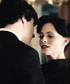 'Because I took your pulse'. This scene Sherlock is so super sexy.