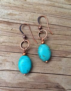 Beautiful deep blue turquoise hanging from a copper ring. Approx in length. Copper Jewelry, Wire Jewelry, Jewelry Crafts, Beaded Jewelry, Jewlery, Beaded Earrings, Earrings Handmade, Jewellery Earrings, Copper Earrings