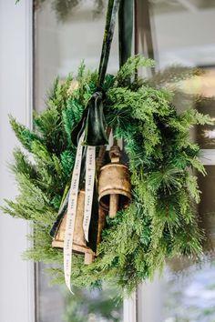 Minimalist Christmas, Simple Christmas, All Things Christmas, Beautiful Christmas, Christmas Home, Christmas Holidays, Christmas Crafts, Natural Christmas, White Christmas