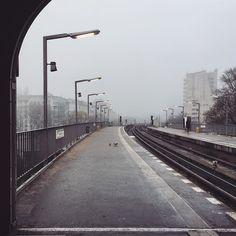 Well hello fog #berlin #kreuzberg #halleschestor . . #exploreyourcity #exploreberlin #diewocheaufinstagram #igersberlin #inberlinunterwegs #aroundberlin #fog #cloudporn #ig_berlin #bvg @bvg_weilwirdichlieben #concrete #weekendmood