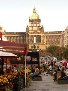 The National Museum overlooking Wencelas Square, Prague    http://www.nm.cz/?xSET=lang&xLANG=2