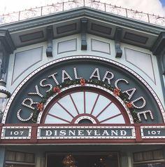 Crystal Arcade during Christmas Disneyland California Adventure, Disneyland Tips, Vintage Disneyland, Disney Land, Disney Parks, Disney World Resorts, Walt Disney World, Disney Holidays, Disney Concept Art