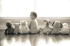 Cute ideas for baby pictures This is an adorable baby picture idea! cute kids These cute kids definitely are explorers at heart! Photo Bb, Jolie Photo, Baby Pictures, Baby Photos, Cute Pictures, Kid Photos, Foto Newborn, Newborn Photos, Cute Kids