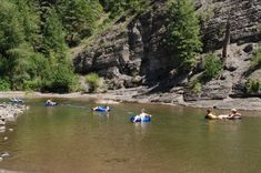 Pagosa Springs Colorado |In July and August, as the temperatures warm, the water levels taper off and the San Juan River becomes a wonderful place to enjoy a relaxing float trip. With float tube rentals, sales and shuttles, a few hours or an entire day on the river will be enjoyed by the whole family.