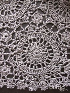 Irish lace, crochet, crochet patterns, clothing and decorations for the house, crocheted. Crochet Skirt Pattern, Crochet Skirts, Knit Skirt, Crochet Clothes, Crochet Patterns, Crochet Mandala, Crochet Art, Crochet Motif, Irish Crochet