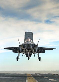 robotpignet:  Lockheed F-35B STOVL