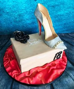 Louboutin shoe cake by Meme's Cakes Louboutin Shoes, Christian Louboutin, Fondant, Patisserie Cake, Special Holidays, Box Cake, Confectionery, Pumps, Heels