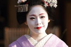 Maiko Manaha by Teruhide Tomori (busy in Tokyo), via Flickr