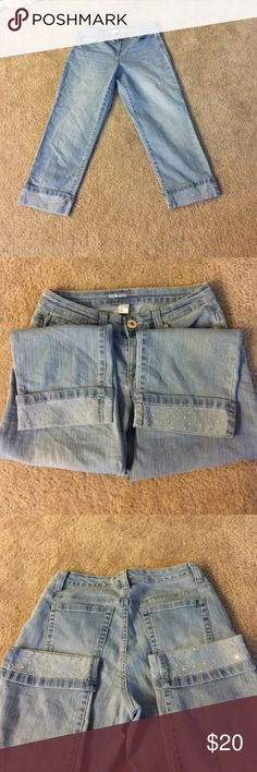 Style & Co Capris with bedazzled cuffs Style & Co Capris with bedazzled cuffs. Size 4 Curvy Style & Co Pants Capris