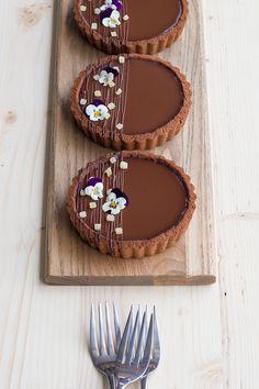 Fancy Desserts, Delicious Desserts, Yummy Food, Vegan Desserts, Mini Dessert Recipes, Vegan Food, Tart Recipes, Sweet Recipes, Cooking Recipes