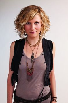 Jennifer Nettles 2