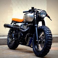 SnapWidget | After all this time I keep coming back to this bike by @vintageracers it is by far the sexiest triumph custom I've come across. #vintagelifestyle#triumph #scrambler