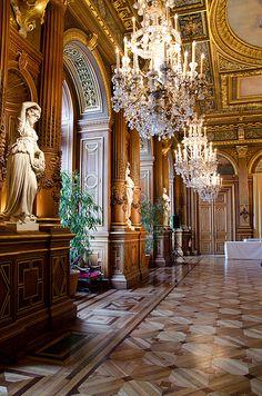Travel Tips for France - the stunning luxury hotel, L'Hôtel de Ville de Paris Beautiful Architecture, Architecture Design, Paris France, Beautiful World, Beautiful Places, Ville France, Belle Villa, Paris Hotels, Bungalows