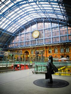 London - St Pancras Station London is one of the planet's most explored capitals London possesses a little something for��_