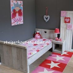 Kinderkamer on Pinterest  Van, Girl Rooms and Tes