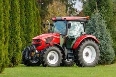 The IRUM Reghin factory launched on Tuesday, October the TAGRO tractor, the first Romanian-made tractor after ten Agriculture Tractor, 10 Years, Tractors, Product Launch, Wheels