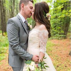 Tara Keely 2358| real wedding| Canadian wedding| Ottawa wedding| hand tied bouquet