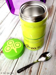 Over 15 Thermos Lunch Ideas For Kids & Tips on Packing Them! Thermos Lunch Ideas, Lunch Box, School Lunch, Nom Nom, Packing, Bento, Tableware, Tips, Food