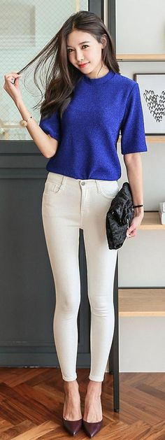 I'd definitely wear this outfit just change the color of the pants Kpop Fashion, Work Fashion, Cute Fashion, Fashion Looks, Fashion Outfits, Womens Fashion, Fashion Trends, Korean Street Fashion, Asian Fashion