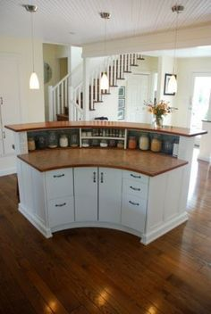 Curved kitchen island