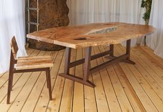 oneTree dining table by John Lore