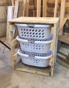 69 New ideas for closet diy pallet laundry rooms Laundry Basket Dresser, Laundry Basket Storage, Laundry Hamper, Storage Baskets, Laundry Rooms, Laundry Basket Holder, Garage Laundry, Laundry Sinks, Laundry Box