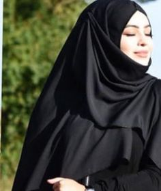Hijab Niqab, Hijab Chic, Mode Hijab, Arab Girls, Muslim Girls, Muslim Women, Stylish Girls Photos, Girl Photos, Best Love Images