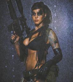 "Alex Zedra as, ""Quiet"" from Metal Gear Solid V: the Phantom Pain Metal Gear Solid Quiet, Alex Zedra, Post Apocalyptic Fashion, Warrior Girl, Warrior Women, Military Women, Military Army, Female Soldier, Badass Women"