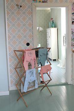 Niinan unelmia: Vapaalla Handmade Furniture, Laundry, Interiors, Cabinet, Lifestyle, Storage, Colors, Inspiration, Home Decor