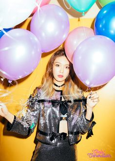 Check out SooYoung's teasers for SNSD's 'Holiday Night' ~ Wonderful Generation ~ All About SNSD, Wonder Girls, and f(x)