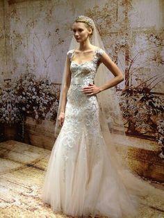 Monique Lhuiller 2014 Wedding Dress collection
