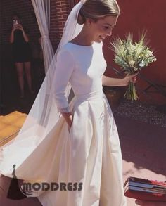 Romantic Wedding Dresses A-line Long Sleeves Long Prom Dresses Open Back Satin Bridal Dresses,HS631