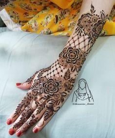 Henna Flower Designs, Mehndi Designs Book, Flower Henna, Mehndi Design Images, Mehndi Designs For Hands, Henna Mehndi, Hand Henna, Mhendi Design, Beautiful Mehndi