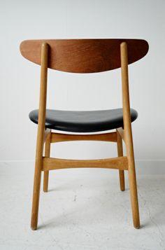 Hans J Wegner CH-30 oak dining chairs