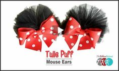 These mouse ear tulle puff bows are soooo cute! The Ribbon Retreat shares a video tutorial showing how you can make them. If you've got a trip to Disney planned in the near future, these wo… Tulle Hair Bows, Diy Hair Bows, Diy Bow, Ribbon Hair, Minnie Mouse Headband, Minnie Mouse Bow, Mouse Ears, Baby Girl Bows, Girls Bows